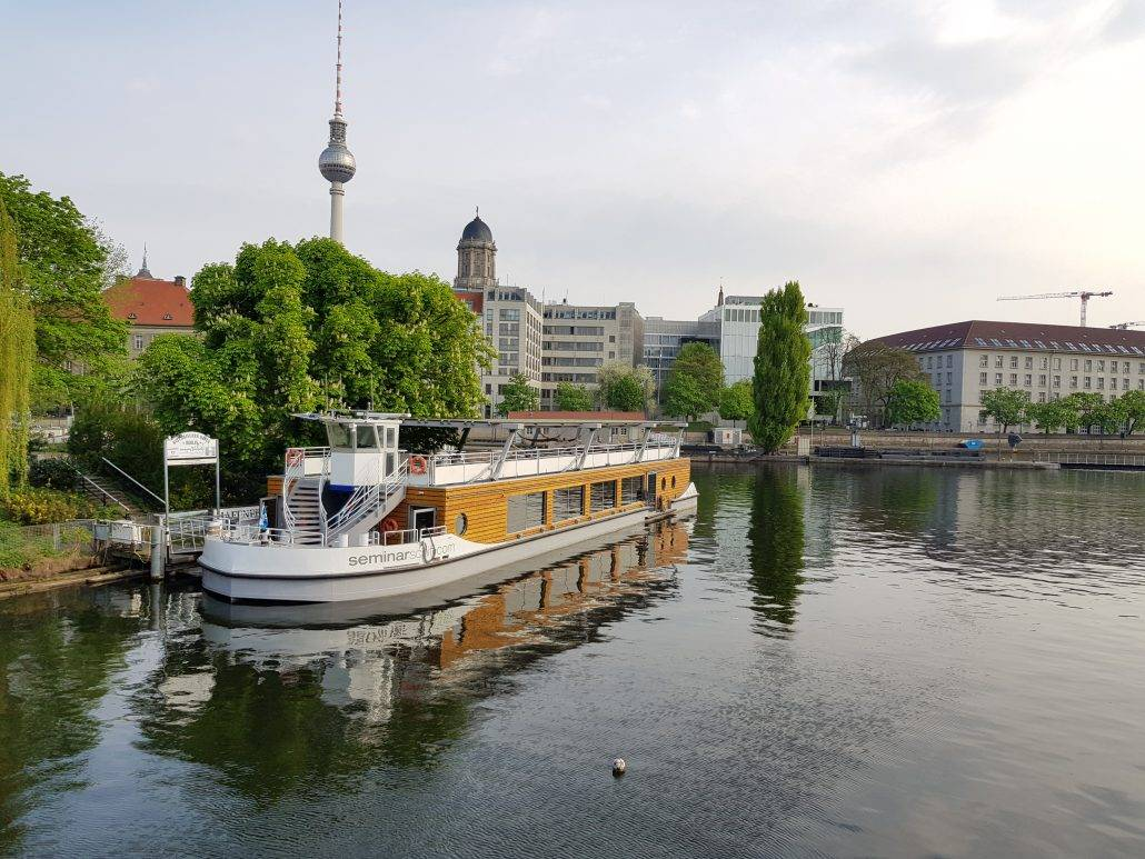 Seminarschiff Fischerinsel Berlin