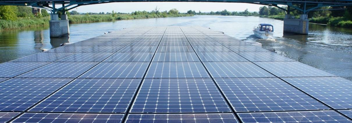 Seminarschiff - Solarplatten